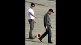 Tom Cruise, Katie, Suri Spotted In Pittsburgh - (18/25)