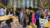 Photos: Hines Ward, Kym Johnson Bring Mirror… - (6/25)