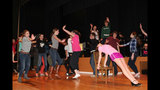 Pine-Richland High School rehearses 'The… - (1/25)