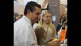 Cake Boss Buddy Valastro visits with fans at… - (1/25)