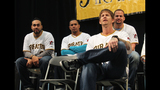 Pittsburgh Pirates fans meet players at PirateFest - (10/25)