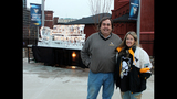 Penguins fans attend opening game at Consol… - (11/25)