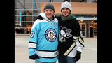 Penguins fans attend opening game at Consol… - (18/25)