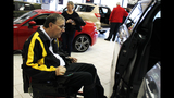 Paralyzed veterans receive mobility van from… - (4/25)