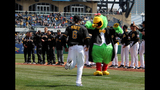 Pirates play Cubs in 2013 home opener - (3/25)