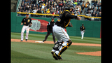 Pirates play Cubs in 2013 home opener - (11/25)