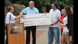 Kings Restaurant donates to Veterans… - (8/25)