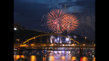 Thousands celebrate 4th of July in Pittsburgh… - (11/25)