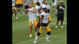 August 2: Steelers Training Camp at St.… - (6/25)