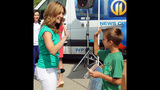 WPXI, Giant Eagle collect school supplies for… - (10/25)
