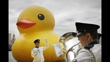 World traveling 40-foot rubber duck making… - (14/20)