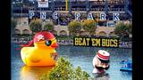 Quack Quack! WPXI viewers pose for pics with… - (12/25)