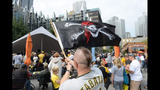 Hundreds of Bucco fans gather for rally in… - (4/7)