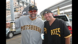 Pirates fans tailgate before first playoff… - (19/25)