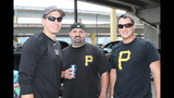 Pirates fans tailgate before first playoff… - (18/25)