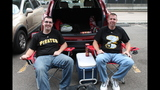 Pirates fans tailgate before first playoff… - (14/25)