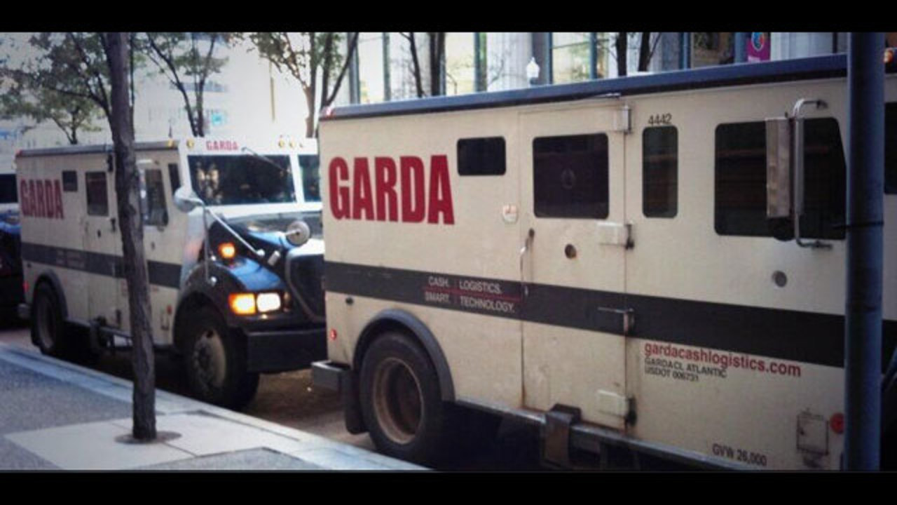 Armored truck guard maintains self-defense as trial continues   WPXI