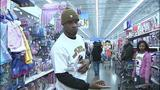 Children shop with Steelers' Ike Taylor at Walmart - (12/25)