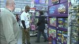 Children shop with Steelers' Ike Taylor at Walmart - (19/25)