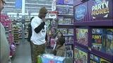 Children shop with Steelers' Ike Taylor at Walmart - (8/25)