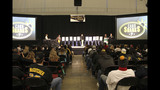 Thousands attend PirateFest in Pittsburgh - (20/25)
