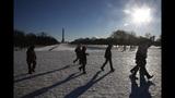 Photos: Winter storm wallops Northeast - (15/25)