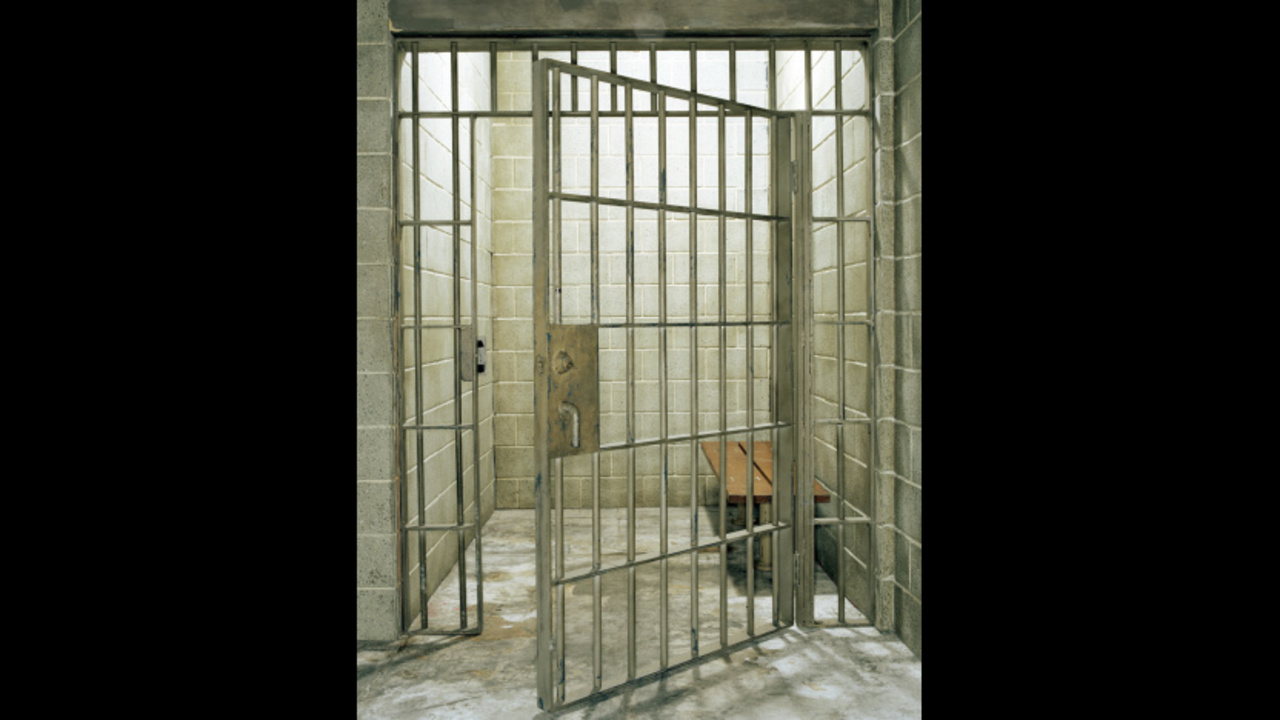 open and closed prisons Closed training prisons provide a range of facilities for category b and  open  prisons house category d adult male prisoners and open condition adult.