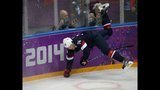 U.S. hockey team defeats Russia in thrilling shootout - (21/25)