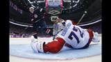U.S. hockey team defeats Russia in thrilling shootout - (4/25)