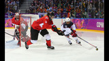 PHOTOS: USA-Canada gold medal game - (13/25)
