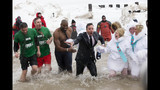 Photos: Jimmy Fallon takes the Polar Plunge - (7/10)