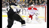 GAME PHOTOS: Penguins 2, Capitals 0 - (1/10)