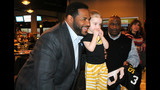 Photos: Jerome Bettis, Steelers bowl for the… - (16/25)
