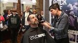Penguins' Craig Adams shaves playoff beard… - (2/10)