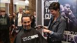 Penguins' Craig Adams shaves playoff beard… - (1/10)