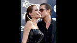 Photos: Brad Pitt attacked, Angelina Jolie… - (24/25)