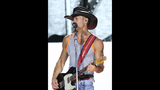 Tim McGraw, Kip Moore, Cassadee Pope perform… - (17/25)