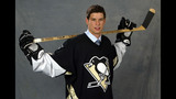PHOTOS: Sidney Crosby's draft experience - (16/25)