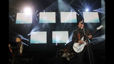 Fall Out Boy, Paramore perform at First… - (3/25)