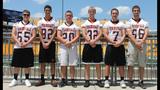 Football teams, cheerleading squads at 2014… - (22/25)