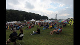 Thousands attend Pittsburgh Blues Festival at… - (1/25)