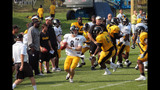 Photos: Steelers training camp at St. Vincent College - (22/25)