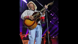 Toby Keith, Colt Ford perform in Pittsburgh - (24/25)