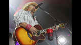 Toby Keith, Colt Ford perform in Pittsburgh - (20/25)