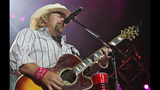 Toby Keith, Colt Ford perform in Pittsburgh - (14/25)