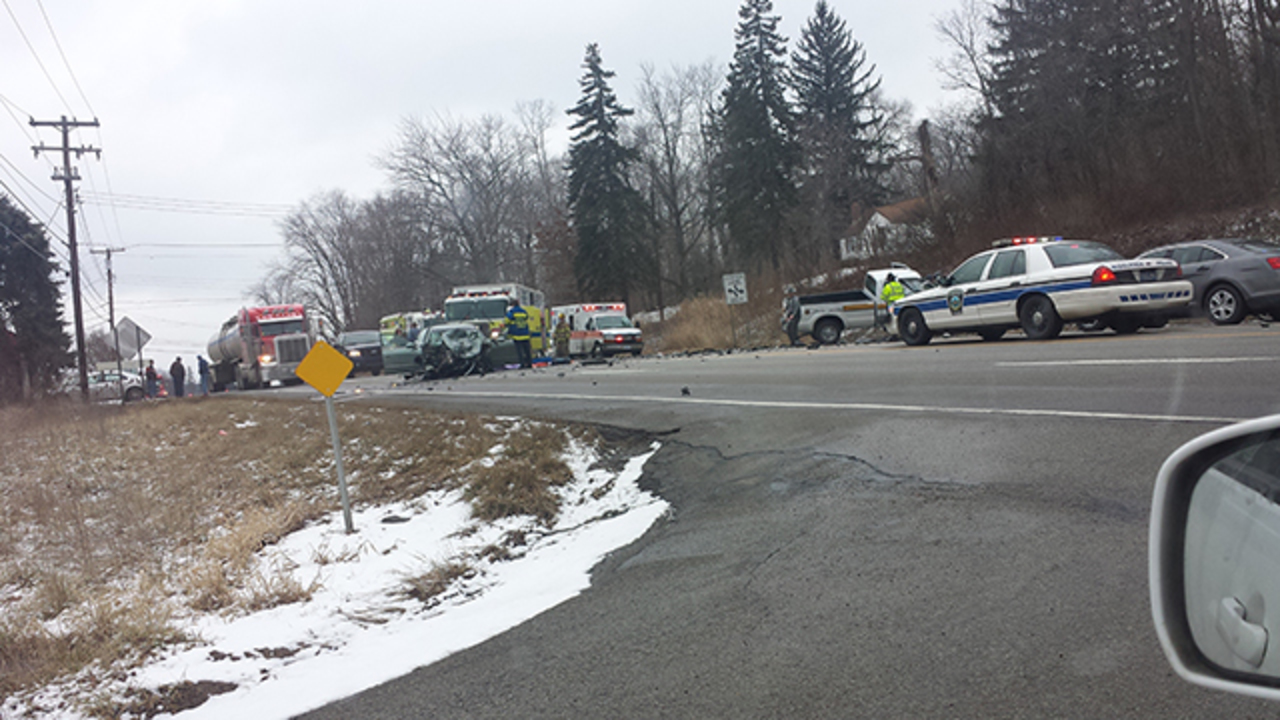 At least 1 killed in accident on Route 8 in Butler County - WPXI