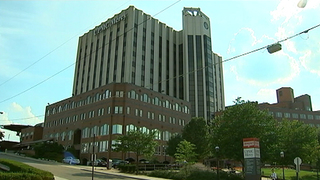 Pittsburgh hospital employee accused of exposing himself to patient