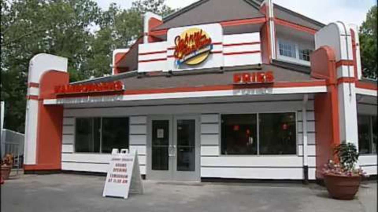 First Look: Johnny Rockets opens At Kennywood | WPXI