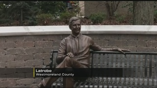 Statue of Fred Rogers unveiled in Pennsylvania hometown