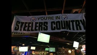 Kansas City bar transforms into Steelers fan club for games